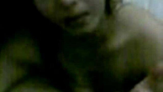 Սեքսի անալ պոռնո հետեւեց նրան մարզասրահ հետո մարզվելը.