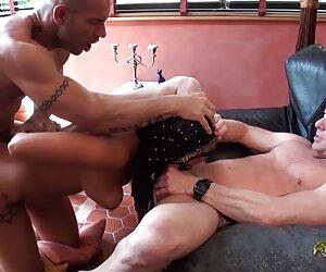 Դա մի որոշ զույգ սեքս տեսանյութեր ժամանակ կինը երիտասարդ կնոջ.